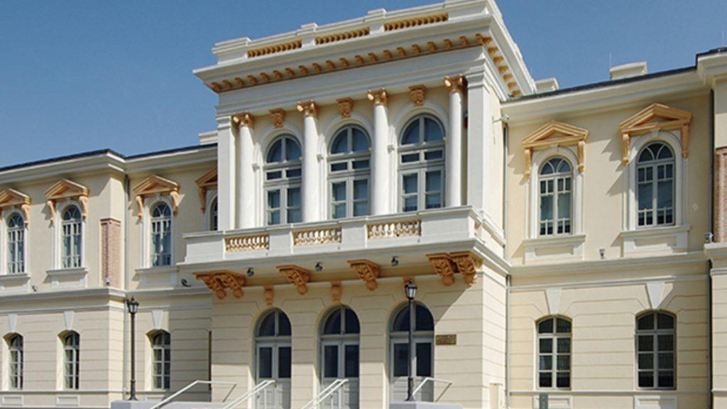 Pelicam-Muzeul-de-Artă-Tulcea0-1024x576